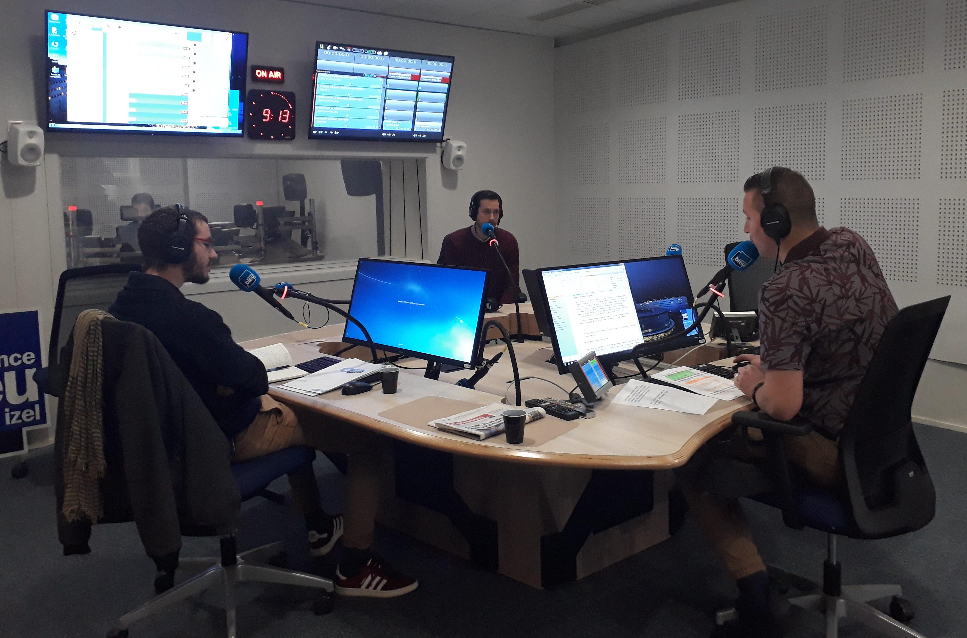 Réseau TYNEO sur France Bleu Breizh Izel : Remplacement des menuiseries et ventilation le 5/11/2019